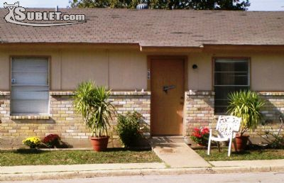 Townhouse for Rent in Dallas County