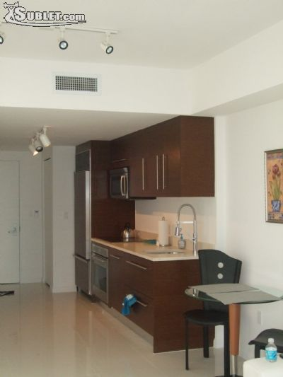 Image 2 either furnished or unfurnished 1 bedroom Apartment for rent in Brickell Avenue, Miami Area