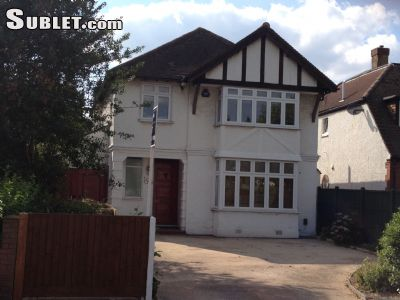 Image 1 Furnished room to rent in Beckenham, Bromley 4 bedroom House