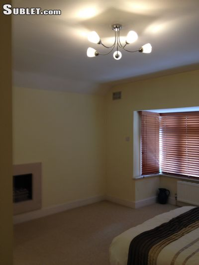 Image 5 Furnished room to rent in Beckenham, Bromley 4 bedroom House