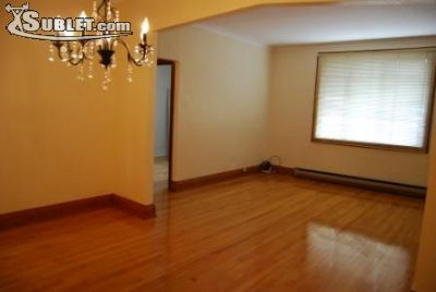 Image 3 unfurnished 3 bedroom House for rent in Montreal West, Montreal