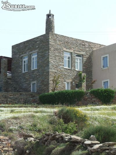 Image 2 furnished 5 bedroom House for rent in Kea, Cyclades
