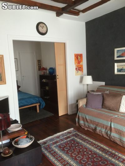 Image 3 furnished 1 bedroom Apartment for rent in 4th-arrondissement, Paris