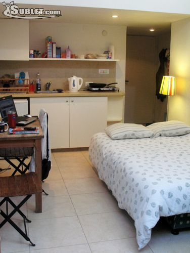 Image 4 furnished 1 bedroom Apartment for rent in Baka, Southern Jerusalem