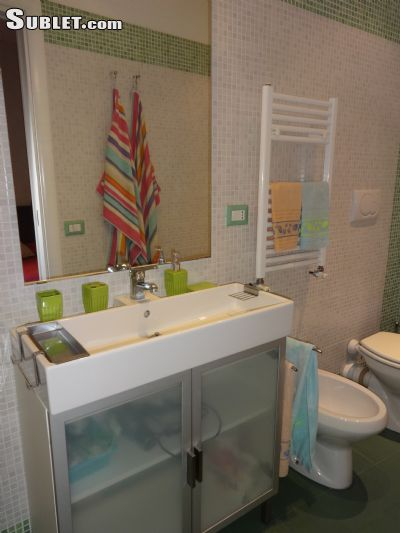 Image 9 furnished 1 bedroom Apartment for rent in Monti, Roma (City)
