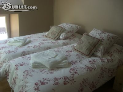 Image 3 furnished 2 bedroom Apartment for rent in Cherbourg-Octeville, Manche