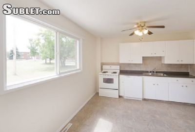 Image 2 unfurnished 2 bedroom Townhouse for rent in Medicine Hat Area, South Alberta