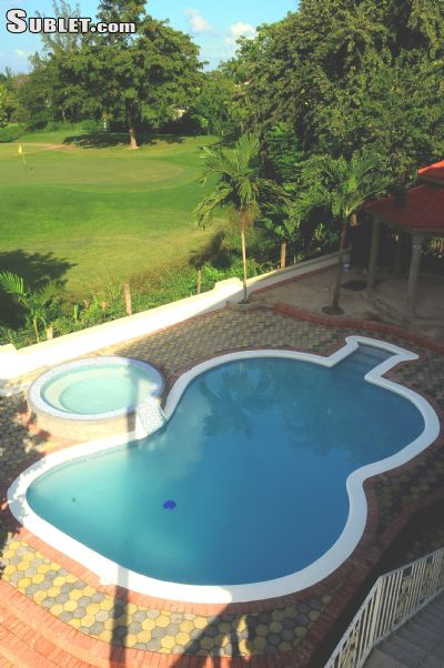 Image 2 furnished 5 bedroom House for rent in Ocho Rios, Saint Ann