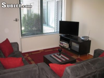 Image 3 furnished 2 bedroom Apartment for rent in Caulfield North, Glen Eira