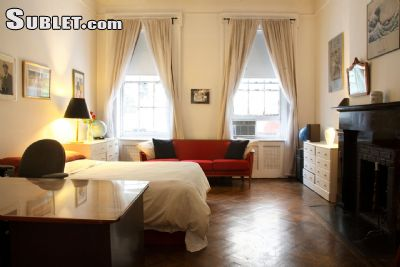 Image 4 furnished 1 bedroom Townhouse for rent in Village-West, Manhattan