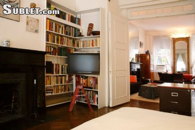 Image 5 furnished 1 bedroom Townhouse for rent in Village-West, Manhattan