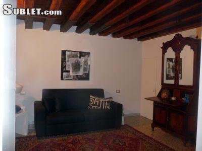 Image 10 furnished 4 bedroom House for rent in Venezia, Venezia