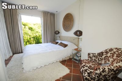 Image 3 furnished 2 bedroom Apartment for rent in Port Louis, Mauritius