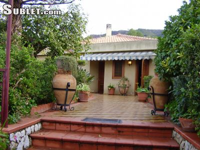 Image 1 furnished 2 bedroom House for rent in Cefalu, Palermo