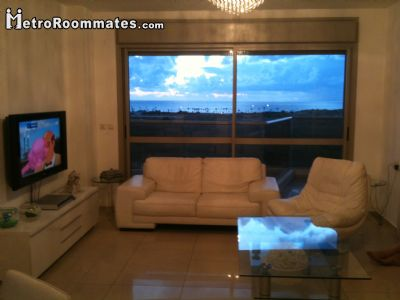 Image 1 Furnished room to rent in Tel Aviv-Yafo, Tel Aviv 4 bedroom Apartment