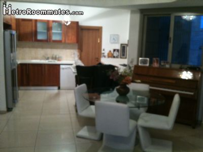 Image 2 Furnished room to rent in Tel Aviv-Yafo, Tel Aviv 4 bedroom Apartment