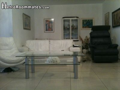 Image 3 Furnished room to rent in Tel Aviv-Yafo, Tel Aviv 4 bedroom Apartment