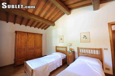 Image 8 furnished 3 bedroom House for rent in Greve in Chianti, Florence