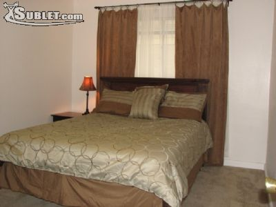 Image 4 furnished 3 bedroom House for rent in Other Inner Loop, Inner Loop