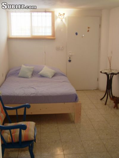 Image 1 furnished 1 bedroom Apartment for rent in Arnona, Southern Jerusalem