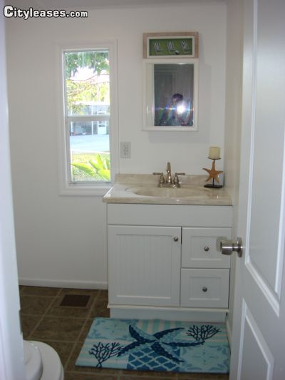 Upper keys furnished 2 bedroom mobile home for rent 1650 per month rental id 1904560 for Two bedroom mobile homes for rent