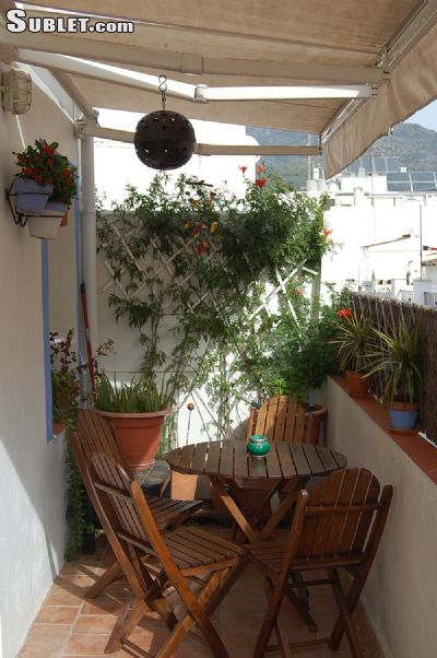 Marbella furnished 4 bedroom hotel or b b for rent 700 per for Rent a hotel for a month