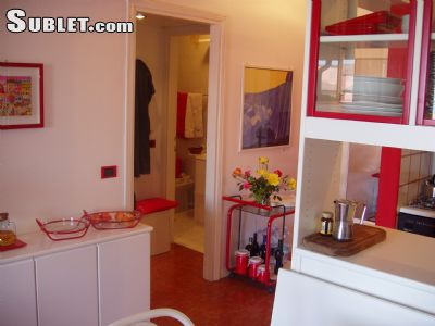 Image 2 furnished 1 bedroom Apartment for rent in Desenzano del Garda, Brescia