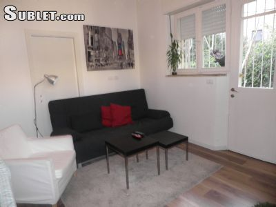Image 2 furnished 1 bedroom Apartment for rent in Ir David, East Jerusalem