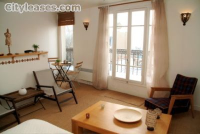 Image 5 furnished Studio bedroom Apartment for rent in 18th-arrondissement, Paris
