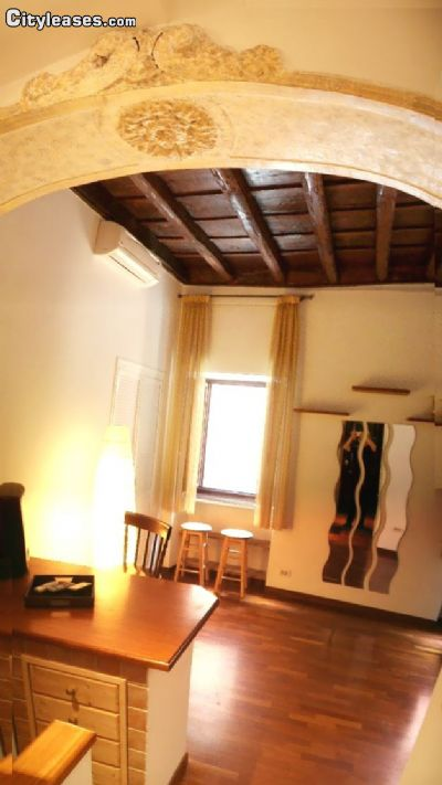 Image 1 furnished Studio bedroom Apartment for rent in Trastevere, Roma (City)