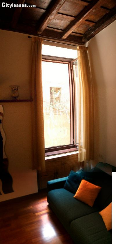 Image 2 furnished Studio bedroom Apartment for rent in Trastevere, Roma (City)