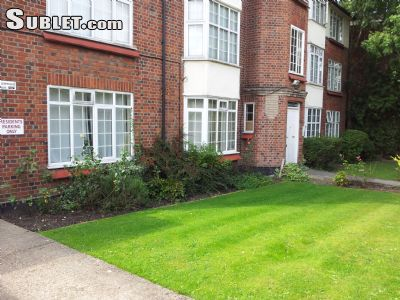Image 7 furnished 2 bedroom Apartment for rent in Mill Hill, Barnet