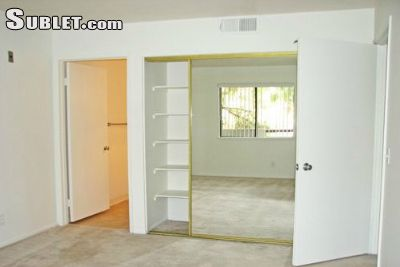 Image 3 either furnished or unfurnished 2 bedroom Apartment for rent in Park La Brea, Metro Los Angeles