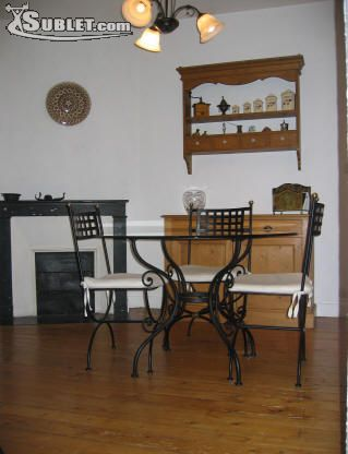 Image 3 furnished 2 bedroom Apartment for rent in Versailles, Yvelines
