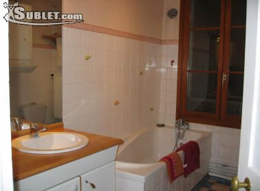 Image 5 furnished 2 bedroom Apartment for rent in Versailles, Yvelines