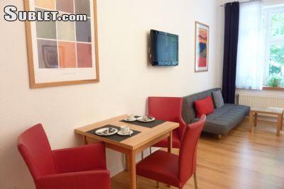 Image 2 furnished Studio bedroom Apartment for rent in Friedrichstadt, Dusseldorf