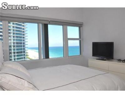 Image 2 furnished 3 bedroom Apartment for rent in Bal Harbour, Miami Area