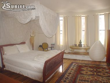 Image 2 furnished 4 bedroom Apartment for rent in Harlem West, Manhattan