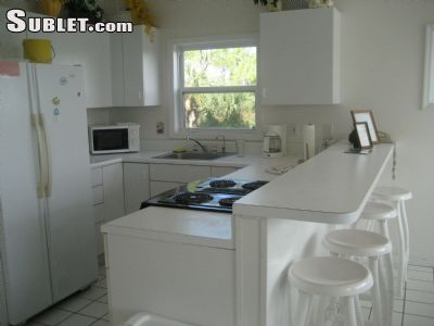 Image 2 furnished 4 bedroom House for rent in St George Island, Franklin County