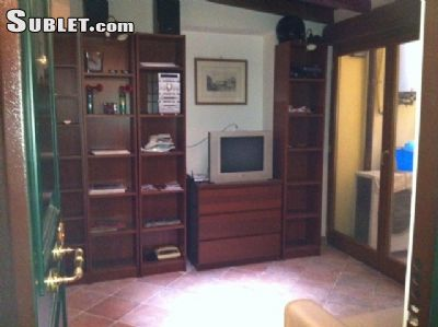Image 4 either furnished or unfurnished 1 bedroom Apartment for rent in Borgo, Roma (City)