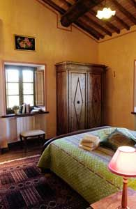 Image 5 furnished 2 bedroom House for rent in Sovicille, Siena