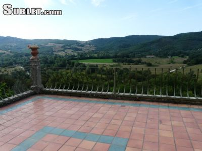 Image 10 furnished 5 bedroom Hotel or B&B for rent in Lisciano Niccone, Perugia