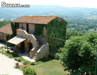 Image 4 furnished 5 bedroom Hotel or B&B for rent in Lisciano Niccone, Perugia