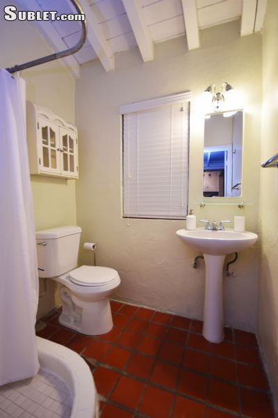 Image 10 furnished Studio bedroom Townhouse for rent in Coral Gables, Miami Area