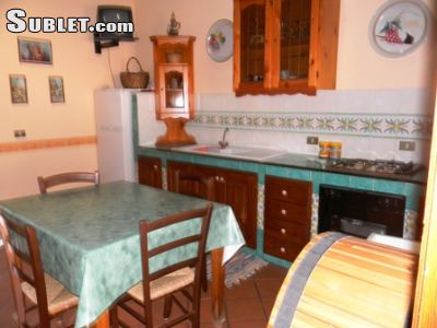 Image 2 furnished 4 bedroom House for rent in Castellammare del Golfo, Trapani