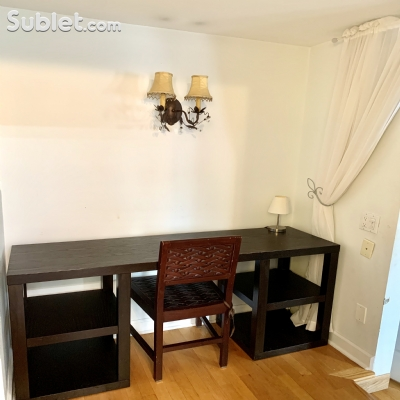 Image 10 furnished 3 bedroom Townhouse for rent in Lincoln Park, North Side