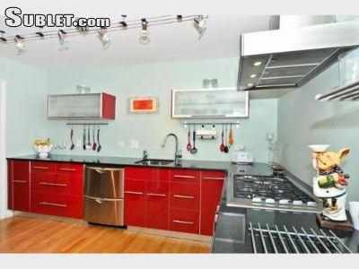 Image 2 furnished 3 bedroom Townhouse for rent in Lincoln Park, North Side