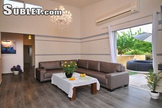 Image 5 furnished 3 bedroom House for rent in Tiberias, North Israel