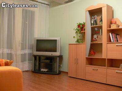 Image 2 furnished 3 bedroom Apartment for rent in District 16, Budapest