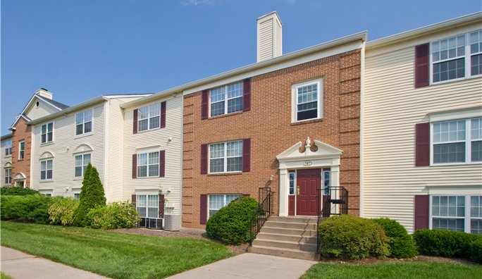 Image 3 either furnished or unfurnished 2 bedroom Apartment for rent in Leesburg, DC Metro